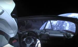 Απίστευτο: Ο Έλον Μασκ «εκτόξευσε» αυτοκίνητο με προορισμό τον πλανήτη Άρη – Δείτε το «επικό» βίντεο