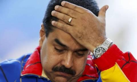 «Συγκλονισμένοι» στις ΗΠΑ παρακολουθούν την κατάρρευση της Βενεζουέλας