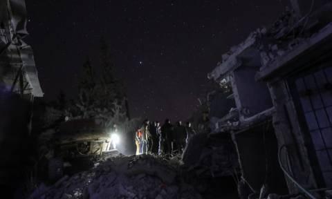 Συρία: Τουλάχιστον 31 άμαχοι νεκροί σε νέους αεροπορικούς βομβαρδισμούς