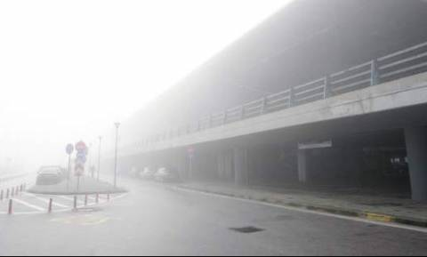 Θεσσαλονίκη: Καθυστερήσεις στο αεροδρόμιο «Μακεδονία» λόγω πυκνής ομίχλης