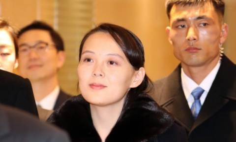 Ιστορική στιγμή: H αντιπροσωπεία της Βόρειας Κορέας προσγειώθηκε στη Νότια Κορέα (Vid)