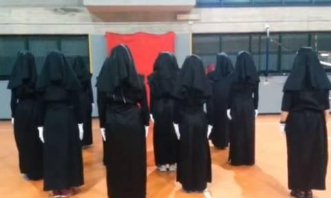 Καλόγριες αφήνουν το μοναστήρι, χορεύουν... ζούμπα και ρίχνουν το διαδίκτυο (video)