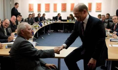 Economist: O Όλαφ Σόλτς θα είναι πιο συμφιλιωτικός από τον Σόιμπλε