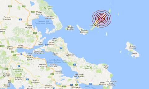 Σεισμός στην Αλόννησο (pics)