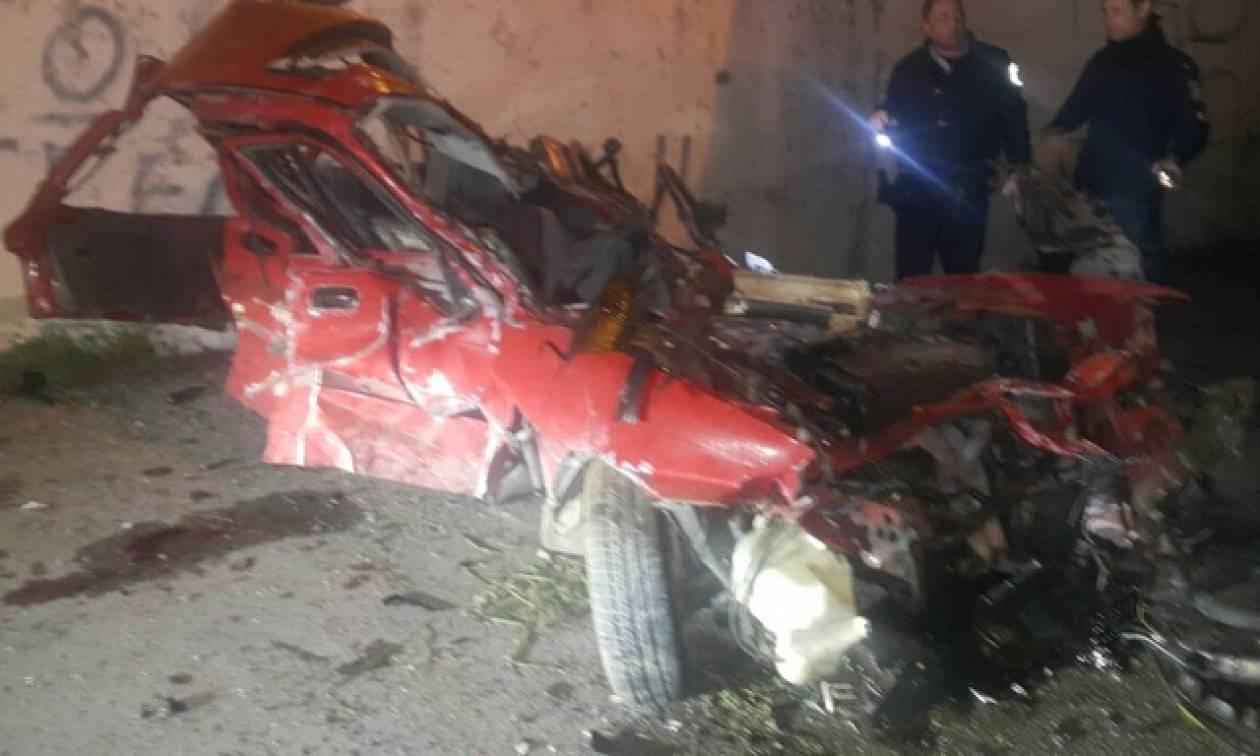 ΣΟΚ στη Ρόδο: «Βουτιά θανάτου» για οδηγό - Έπεσε από ύψος 13 μέτρων (pics)