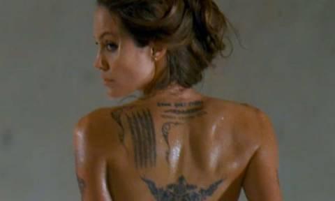 Τα τατουάζ της Angelina Jolie στο μικροσκόπιο. Τι συμβολίζουν και η ιστορία πίσω από αυτά