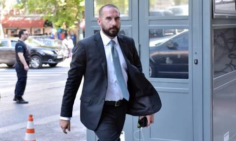 Τζανακόπουλος στο Newsbomb: Δεν κατηγορούμε ολόκληρη την φαρμακοβιομηχανία, δεν είναι όλοι το ίδιο