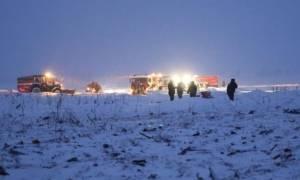 Συντριβή αεροσκάφους στη Μόσχα: Θρήνος για τα 71 θύματα της αεροπορικής τραγωδίας (pics+vids)