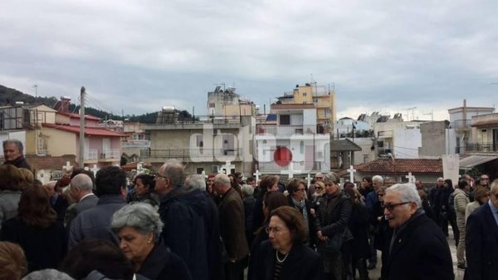 Πάτρα: Βουβός πόνος στην κηδεία του γιατρού Δημήτρη Κωνσταντίνου που «χάθηκε» στις Άνδεις (pics)