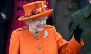 Βρετανία: Τι απαγόρευσε από όλες τις βασιλικές κατοικίες η βασίλισσα Ελισάβετ