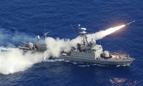 Ένταση στα Ίμια ΤΩΡΑ: 11 τουρκικά πλοία απέναντι από 8 ελληνικά