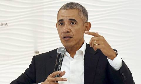 ΗΠΑ: Έστειλαν φάκελο με «λευκή σκόνη» στο γραφείο του Μπαράκ Ομπάμα