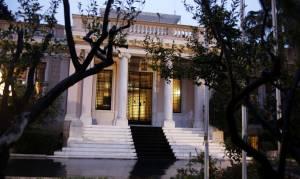 Κουμουτσάκος: Ο Τσίπρας δεν επεσήμανε τα αυτονόητα – Κυβέρνηση: Να διαβάζεις πιο προσεχτικά