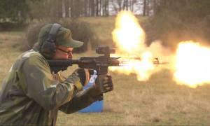 Μακελειό σε σχολείο στη Φλόριντα: Αυτό είναι το φονικό όπλο AR-15 – Ρίχνει έως 700 σφαίρες το λεπτό