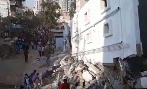 Τραγωδία στην Ινδία: Κατέρρευσε πολυκατοικία - Τουλάχιστον τρεις νεκροί (pics+vid)