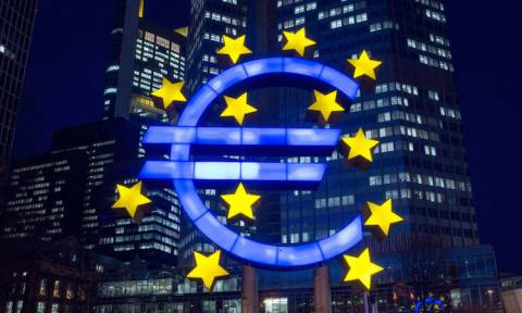 Αξιωματούχος Ευρωζώνης: Στο επόμενο Eurogroup η εκταμίευση των 5,7 δισ. ευρώ για την Ελλάδα