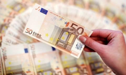 Συντάξεις: Αυτές είναι οι τρεις αιτήσεις που σας επιστρέφουν έως 1.800 ευρώ! (ΠΙΝΑΚΕΣ)