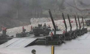 Νέα πρόκληση: Οι Τούρκοι μετέφεραν ολόκληρο το στρατό τους στον Έβρο (pics+vids)