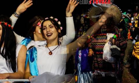 Πρέβεζα: Καρναβάλι μόνο για γυναίκες (pics)