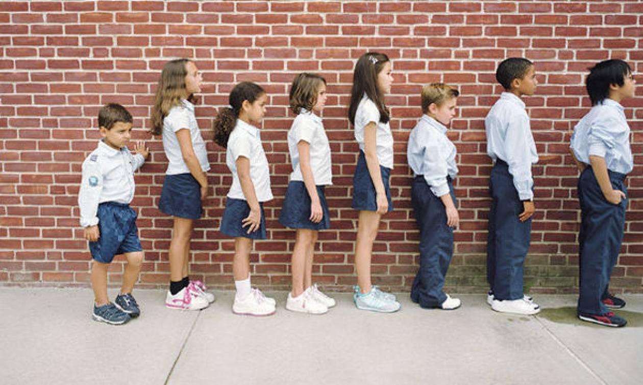 Από τι κινδυνεύουν τα κοντά παιδιά όταν ενηλικιωθούν