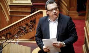 Πένθος για τον υπουργό Σωκράτη Φάμελλο: Πέθανε η σύζυγός του