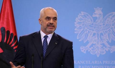 Επιμένουν αλυτρωτικά οι Αλβανοί: «Αλβανία και Κόσοβο πρέπει να έχουν κοινό πρόεδρο»