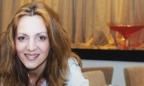 Καρολίνα Κάλφα: Ανείπωτη θλίψη για τη δημοσιογράφο - Τη βρήκαν νεκρή στο φλεγόμενο σπίτι της
