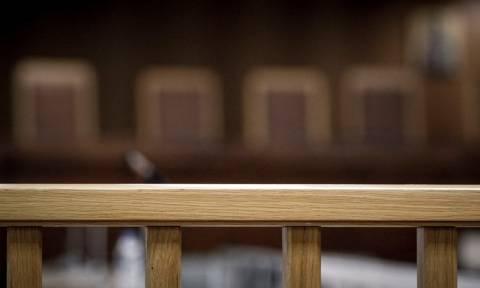 Σκάνδαλο Novartis: «Πάγωσε» η συλλογή υπογραφών για να δοθεί σε Εφέτη ανακριτή η υπόθεση