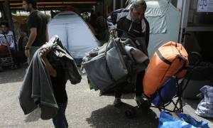 Στον Πειραιά οι 17 Τούρκοι που ζήτησαν πολιτικό άσυλο