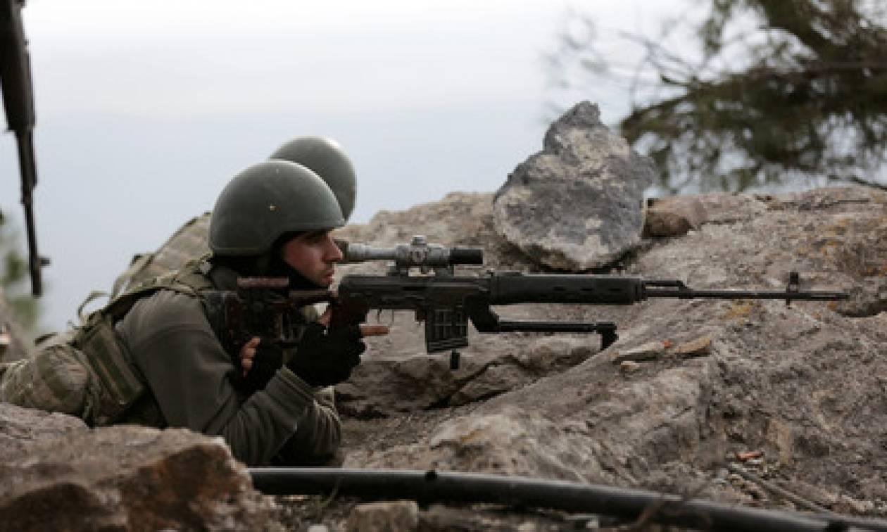 Τύμπανα πολέμου: «Θεμιτός στόχος» ο συριακός στρατός διαμηνύει η Άγκυρα