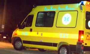 Σοκαριστικό τροχαίο δυστύχημα στην Αθηνών - Λαμίας: Αυτοκίνητο καρφώθηκε σε φορτηγό
