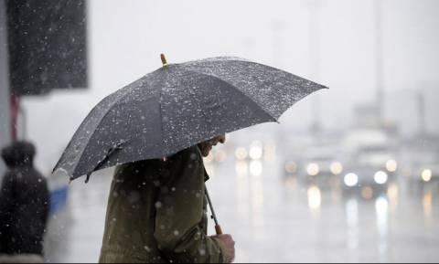 Κακοκαιρίας συνέχεια την Πέμπτη (22/2) - Επιμένουν οι καταιγίδες και τα χιόνια