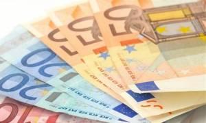 Νέο χαράτσι για χιλιάδες επαγγελματίες - Ποιοι θα πληρώσουν εισφορές από 8% έως 218%