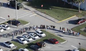 Φλόριντα - Αποκάλυψη ΣΟΚ: Οπλισμένος βοηθός σερίφη δεν επενέβη στο μακελειό με τους 17 νεκρούς