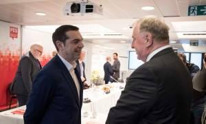 Στην προπαρασκευαστική σύνοδο του Ευρωπαϊκού Σοσιαλιστικού Κόμματος ο Αλέξης Τσίπρας (pic)
