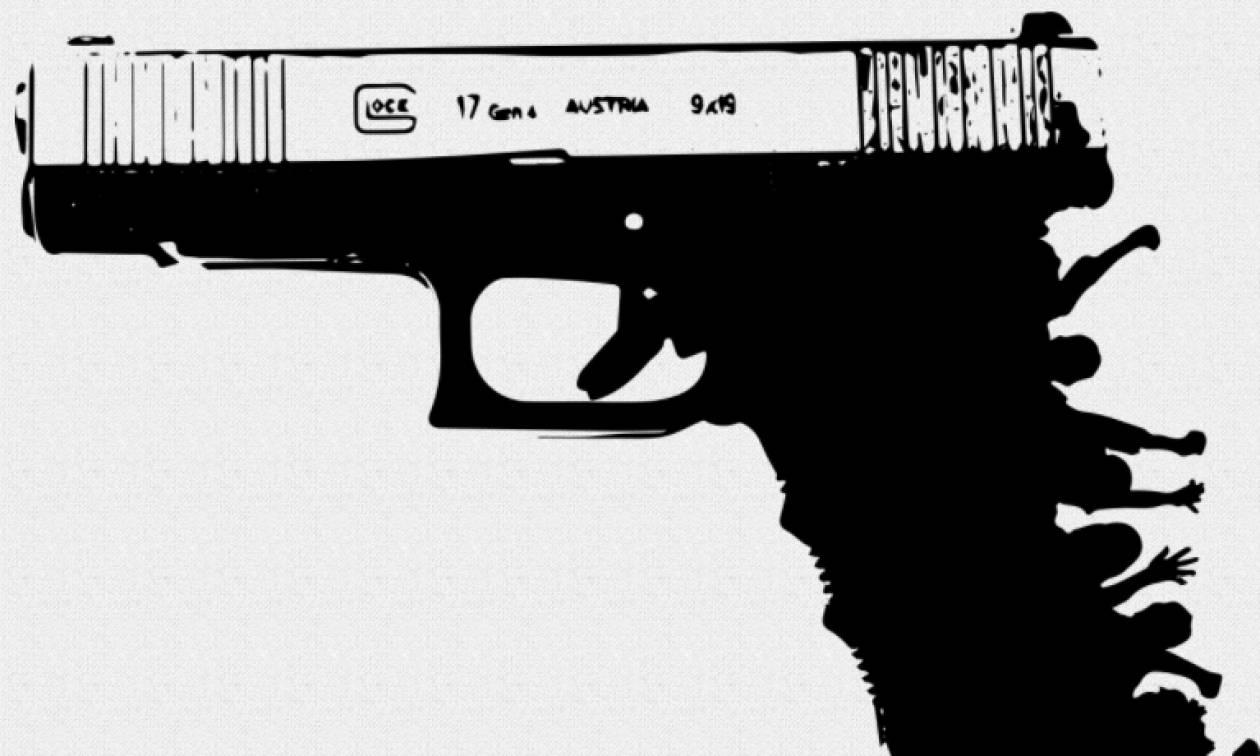 Μακελειό Φλόριντα: Αντί για απαγόρευση της οπλοφορίας προτείνουν έναν αστυνομικό σε κάθε σχολείο