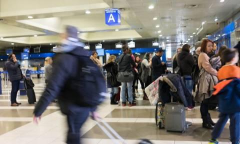 Απίστευτη ταλαιπωρία: Ακυρώσεις πτήσεων λόγω ομίχλης στο αεροδρόμιο «Μακεδονία»