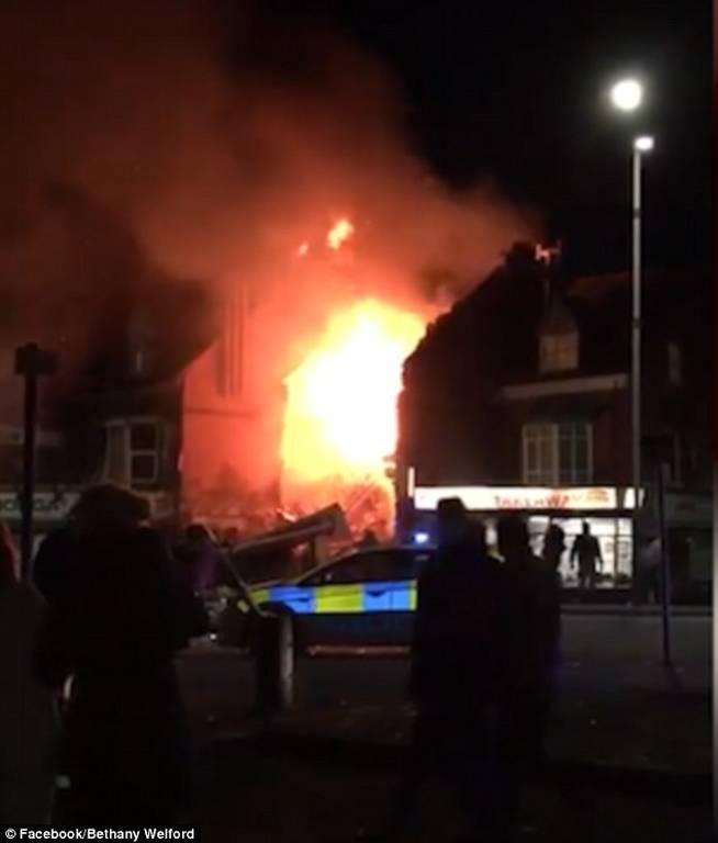 Συναγερμός στη Βρετανία: Μεγάλη έκρηξη σε κτήριο στο Λέστερ (pics+vid)