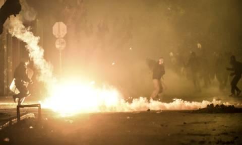 Εξάρχεια: Βόμβες μολότοφ και ζημιές τα ξημερώματα της Δευτέρας (26/02)