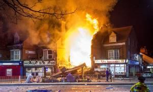 Λέστερ: Τέσσερις νεκροί από έκρηξη που διέλυσε ένα παντοπωλείο κι ένα διώροφο σπίτι (pics&vid)