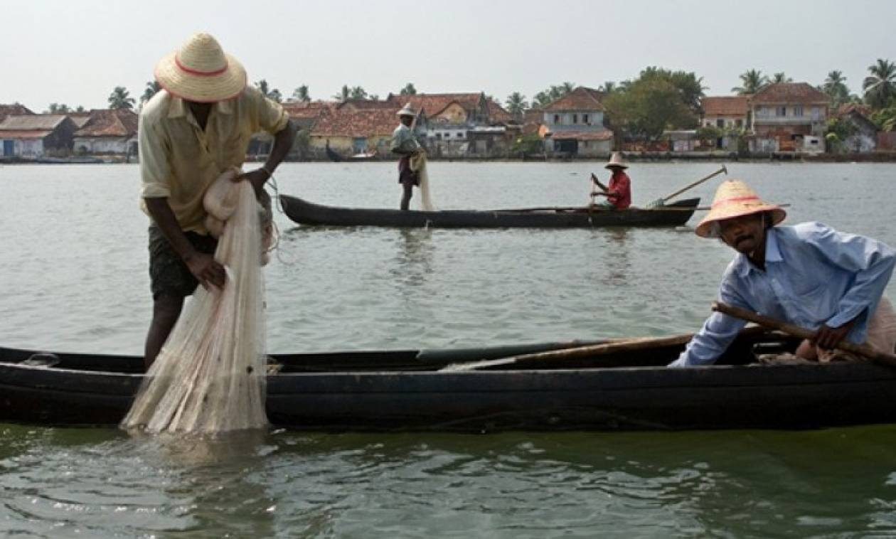 Απίστευτο: Οι αλιείς ψαρεύουν στους μισούς τουλάχιστον ωκεανούς της Γης!