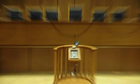 Σε δύο στρατόπεδα οι δικαστές για την υπόθεση Novartis