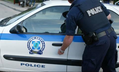 Συναγερμός στους Αμπελόκηπους: Ηλικιωμένη πήγε χειροβομβίδα στο Αστυνομικό Τμήμα!