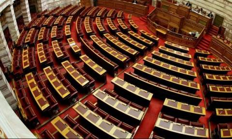 Άλλοι τρεις υπουργοί φέρονται να έπαιρναν το επίδομα ενοικίου – Τι απαντούν οι ίδιοι