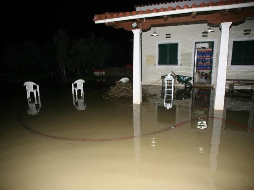 «Βούλιαξε» η Ζαχάρω από τη νεροποντή - Μεγάλες καταστροφές σε Κακόβατο - Νιοχώρι - Φιγαλεία (pics)