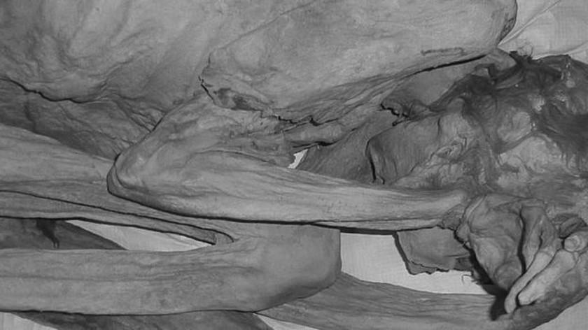 Ανακαλύφθηκαν μυστηριώδη τατουάζ σε αιγυπτιακές μούμιες 5.000 ετών