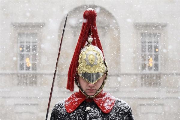 180228 snow europe mc7 465004aa96ae07de22e314037f79928e.fit 880w