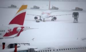 Φονικό ψύχος σαρώνει την Ευρώπη: Έκλεισε το αεροδρόμιο της Γενεύης