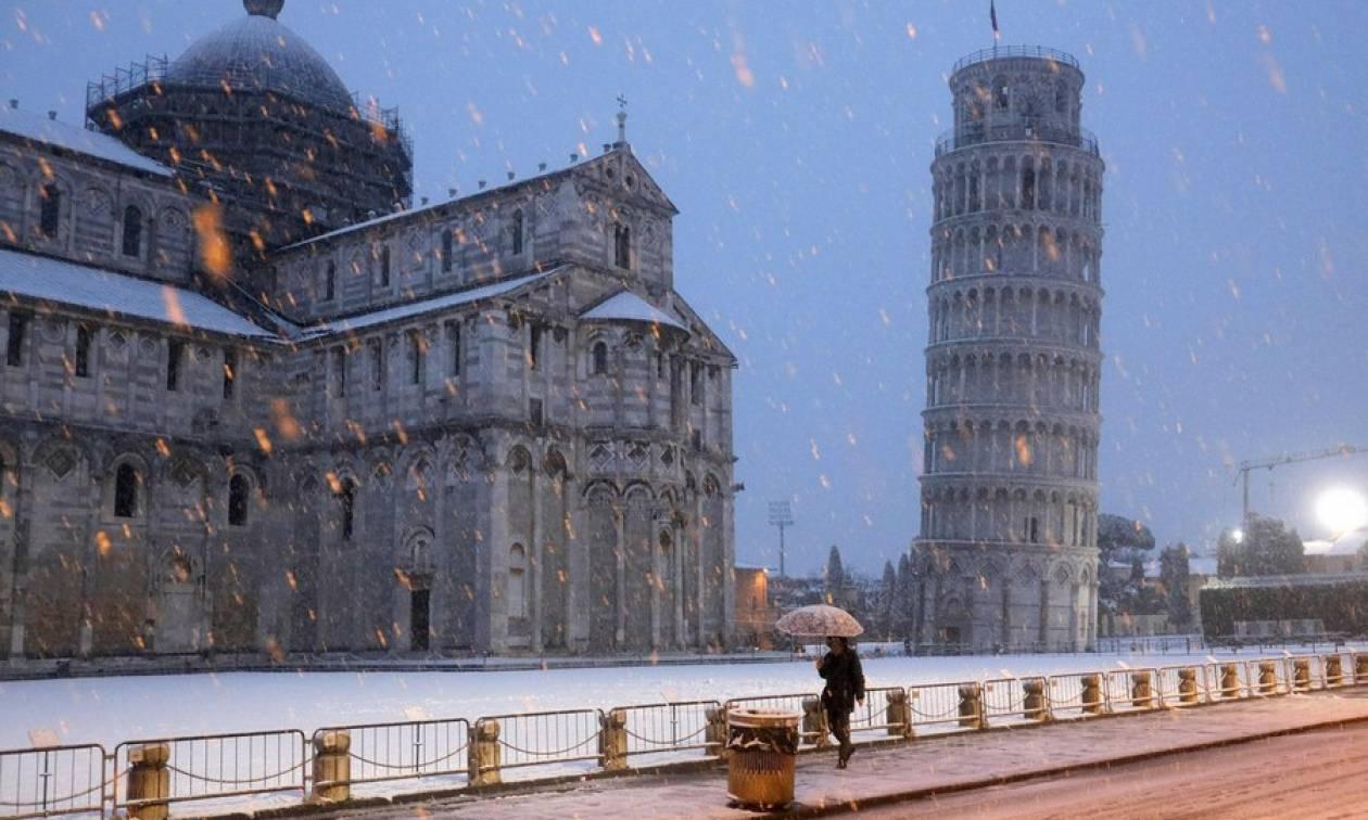 Σιβηρικές χιονοθύελλες «σκέπασαν» την Ευρώπη - Τουλάχιστον 54 νεκροί (pics+vids)
