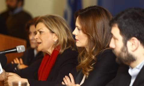 Παράδοση - παραλαβή στο υπουργείο Εργασίας: Τι είπαν Αχτσιόγλου και Αντωνοπούλου